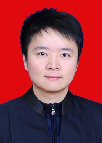 安徽芜湖兄弟律师事务所洪祖运律师电话、简历(图) — 芜湖律师缩略图